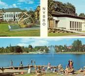 Vykort med motiv från Nybro. Överst till höger Stora hotellet, till vänster församlingshemmet, och bilden nedan visar badplatsen vid Linnéasjön.