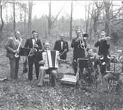 Solstadströms Dansorkester i Folkets park.