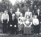 Familjen Conrad Karlsson i Smedserum.
