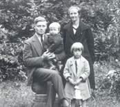 Familjen Ivar Johansson, Ekudden, Mörtfors.