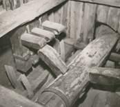 Benstamp i en kvarn avsedd för benmjölstillverkning.