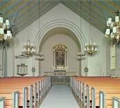 Vykort med interiör av Nybro kyrka.