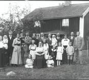 En familj i  Rönnäs 1918.