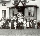 Fotot är taget i samband med A Perssons bröllop (Bomans) i Österhult.