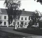 Personal utanför sjukhemmet i Falsterbo.