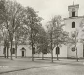 Ett  gammalt vykort med Gamleby kyrka.