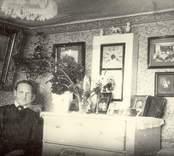 Interiör från en äldre kvinnas hem någonstans i Oskarshamn,