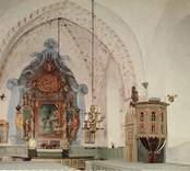 Vykort över interiören i Gärdslösa kyrka