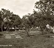 Kyrkogården vid Källa ödekyrka.