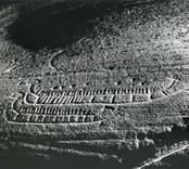 Gamleby, väster om samhället, intill Härstad gård, ca 800 meter väster om Hammar-ristningen, påträffad 1926, varvid två skepp och ca 10 skålgropar iakttogs. 1965 upptäcktes ytterligare ristningar, som var svåra att urskilja.