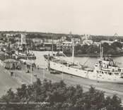 Hamnen i Oskarshamn med gotlandsbåtarna