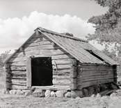Den gamla smedjan. Foto: 06/07 1947.