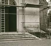 Västportalen i tornet, detalj.