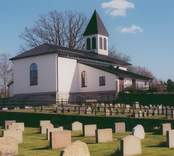 Hälleberga kyrka. Översikt från söder