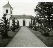 Hälleberga kyrka innan branden 1976.