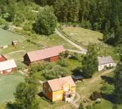En gårdsmiljö i Balebo.