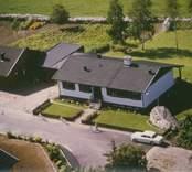 Villa med trädgård i Kristvalla socken.