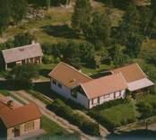 Bostadshus och uthus i Kristvalla socken.