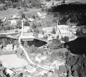 Vy över Björkedals glasbruk i Fagerhult.
