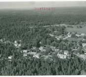 Flygfoto över Mörtfors.