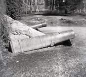 Kanoner vid herrgården.