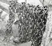 Kätting till ålbottengarn. Foto:  28/06 1952.