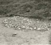 Arkeologisk undersökning av en grav i Sörby från järnåldern.