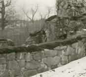 Sakristian i Ukna kyrkoruin före restaureringen 1977.