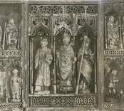 Snidat altarskåp med triptyk från Fagerhults kyrka.