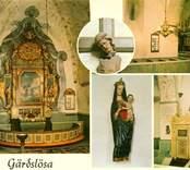 Vykort med interiör från Gärdslösa kyrka med bland annat ett krucifix från 1300-talet och en madonnabild, ett nordtyskt arbete från 1400-talet.