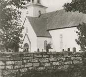 Vykort med motiv från Gärdslösa kyrka.