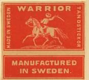 """Tändsticksettikett av märket """"Warrior"""", från Nybro Tändsticksfabrik.   Handlanden Johannes Petersson i Gräsgärde var först att starta en tändsticksfabrik i Nybro på 1860-talet. Den fabriken var nerlagd 1873 när apotekaren Carl G Fohlin tog initiativet till nästa fabrik som bar namnet Nybro Tändsticksfabrik AB. Den fabriken var belägen i byn Göljemåla i Madesjö socken. Fabriken  drevs fram till 1878 då bolaget gick i konkurs. Alldeles i jämte den gamla fabriken byggdes 1876 en annan tändsticksfabrik av Ludvig Möller från Kalmar. Fabriken som endast tillverkade fosfortändstickor med ett tjugotal anställda, blev inte långvarig och 1878 gick den också i konkurs. Nu är det dags för nya ägare att träda in på arenan. 1879 rekonstruerades tändsticksfabriken av en ny styrelse med  Gustav Ohlsson i Brånahult och P C Jonsson i Östra Bondetorp samt J G Blomdell som också var disponent. De köpte in Möllers konkursbo men ganska snart lades tillverkningen ner och flyttades till huvudfabriken straxt norr om blivande Långgatan. Under J G Blomdells ledning stiftades ett aktiebolag som med framgång drev tändstickstillverkning vid Nybro Köpings tändsticksfabrik. (Nybro Säkerhetständsticksfabrik, 1881)Tillverkningen var nu endast säkerhetständstickor.  Fabriken överläts så småningom till N Simonsson, Nybro och disponent A Ekendahl, Uppsala. 1913 såldes fabriken till Kreugers tändstickstrust AB Förenade Tändsticksfabriker. Fabriken lades ner efter något år. Fabrikens lokaler användes sedan av Orrefors sliperi, Engströms Formgjuteri och senast från 1932 Nybro Svarveribolag. De gamla industribyggnaderna vid Långgatan i Nybro och som inrymde tändsticksfabriken revs på 1970-talet. I en trossbotten fann man tändsticksaskar från hela tändsticksepoken och kunde glädja samlarna  av askar och etiketter i Nybro. Man fann också den speciella trämall som användes vid askvikningen i hemmen kring sekelskiftet.  (Uppgifterna hämtade från http://thoresmatches.se/tandsticksfabriker/nybro_tandsticksfabrik"""