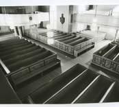 Interiör från Hälleberga kyrka före branden 1976.