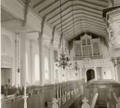 Interiör av Västra Eds kyrka.