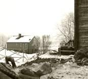 Kristdala socken Ishults gästgivaregård inför flyttning. Foto: Torbjörn Sjögren 1980