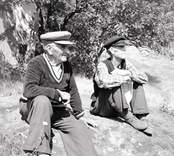 Utterjägaren Ossian Andersson i förgrunden. Foto: 27/07 1955.