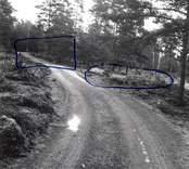 Vägen Klara källa, Fästads hållplats.