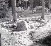 Rund stensättning i Virkvarn. Grav ifrån bronsåldern.