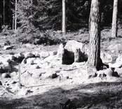Rund stensättning i Virkvarn. Grav från bronsåldern.