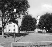 Madesjö kyrkby med kyrkan.