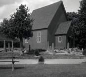 Begravningskapellet i Gladhammar, byggt på gamla kyrkans plats.