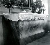 Altarbordet i Döderhults kyrka.