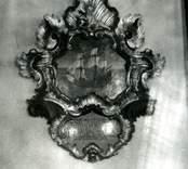 Ett epitafium i Döderhults kyrka.