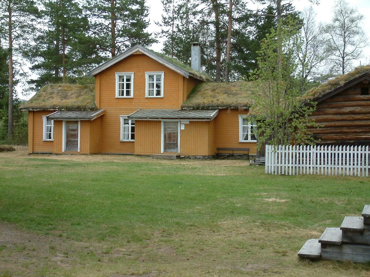 Bolighus, Motrøbygningen, kaffekvernhus, Lonåsstua, østerdalsstue: Museumsparken, Tynset (Foto/Photo)