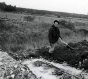 Ulf Erik Hagberg under utgrävningarna av Skedemosse.