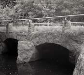 Bro över Hagbyån vid Anebo i Nybro kommun. Foto, uppströms från nordväst.