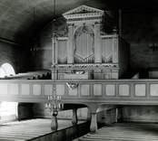 Orgelläktaren i Kristdala kyrka innan restaureringen 1962.