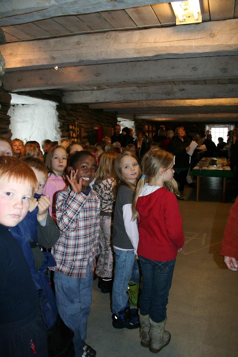 Elever på besøk, Ramsmoen (Foto/Photo)